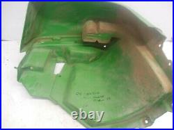 29I20 John Deere Gator TS 2006 LH FR Fender M130971 AUC13594