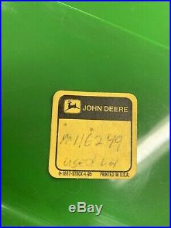 JOHN DEERE GATOR Lh rear Fender 4x2 6x4 M116249