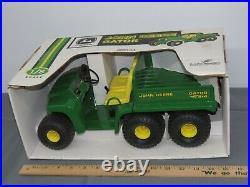 John Deere 18 Scale GATOR Die-Cast Heavy Toy XUV NIB Scale Models RARE