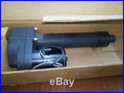 John Deere Gator Part #am142126 Lift Cylinder New In Box #am133408